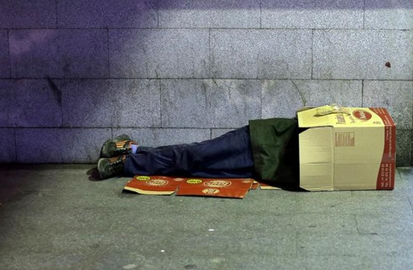 آوار کرونا بر سر بیخانمانها/ ستاد مبارزه با کرونا برای حمایت از کارتنخوابها چه اقداماتی باید انجام دهد؟