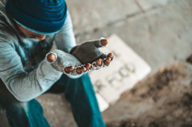 آنچه فقر یا کمبودها بر سر انسان می آورد